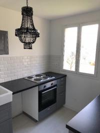 Rénovation et décoration d'une cuisine dans un appartement à TOUQUES 14800