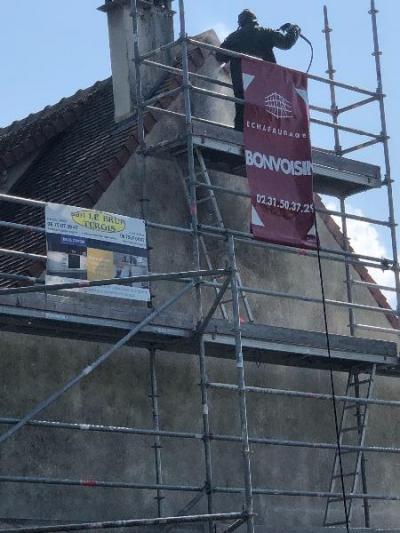 Rénovation et mise peinture d'un ravalement à blonville sur mer 14910