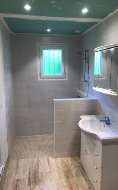 Rénovation et agencement d'une salle de douche pour personne handicapé à TOUQUES 14800