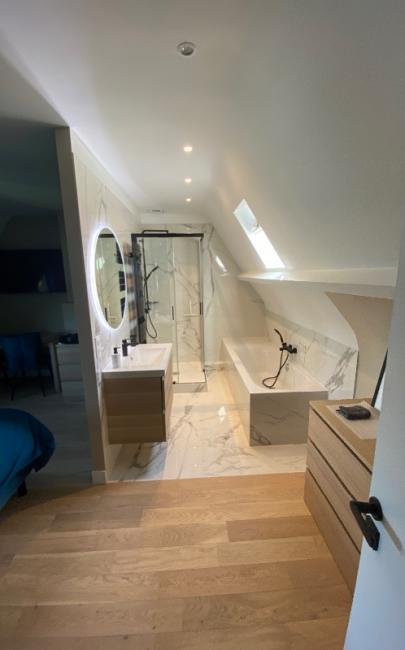Création d'une salle de bain dans suite parentale