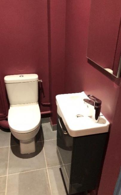 Rénovation et décoration  d'un toilette à TROUVILLE S/MER 14360