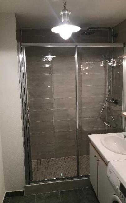 Transformation d'un coin  bain en coin douche à TROUVILLE SUR MER