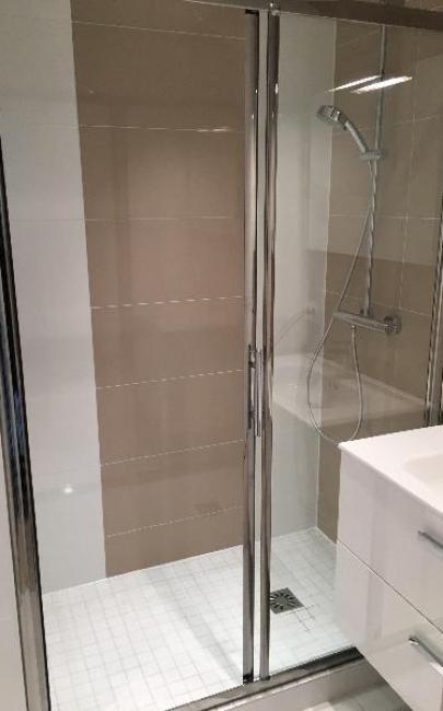 Rénovation d'une salle de douches à DEAUVILLE 14800