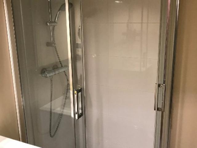 rénovation d'une salle de bain dans une résidence à DEAUVILLE 14800