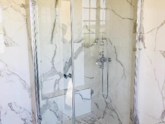 Rénovation et agencement d'une salle de douche et bain au vieux port 27680