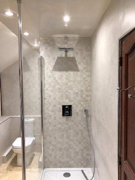R novation et transformation d 39 une salle de bain en salle de douche deauville 14800 - Transformation salle de bain en douche ...
